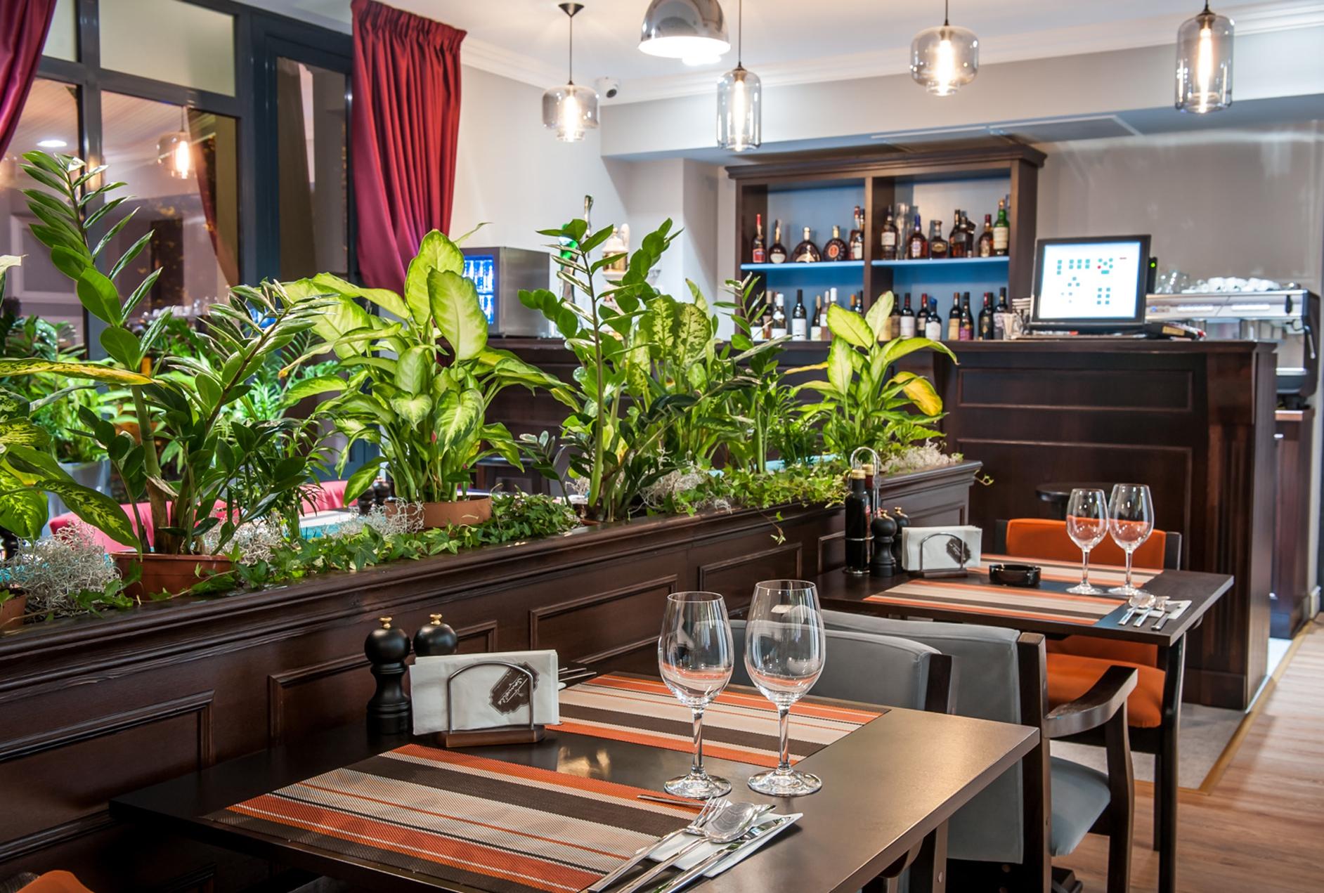 Design interior restaurant La Samuelle